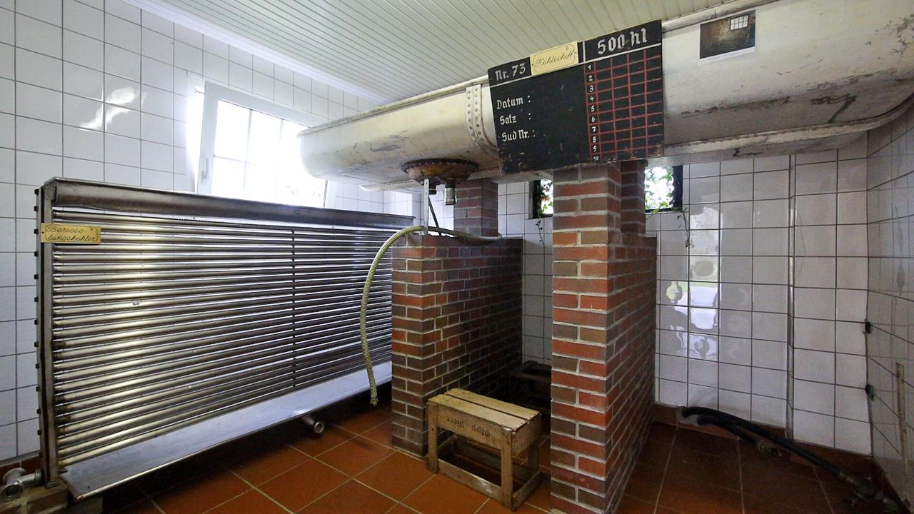 Kühlschiff und Berieselungskühler